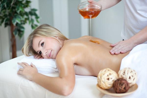 Медовый массаж в Карпатах